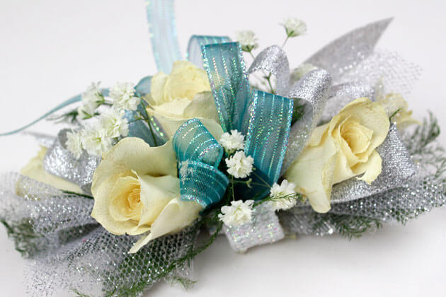 Photography of corsage flowers for ecommerce sales