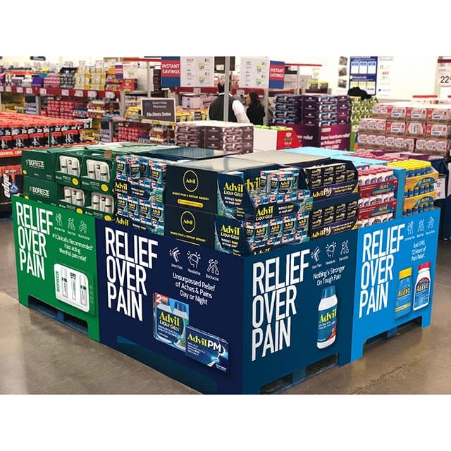 Large pallet display with multiple products
